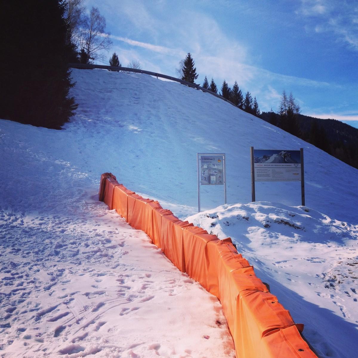 Einstieg und erste Tafel direkt am Parkplatz - Skitouren-Lehrpfad am Eckbauer, Garmisch-Partenkirchen