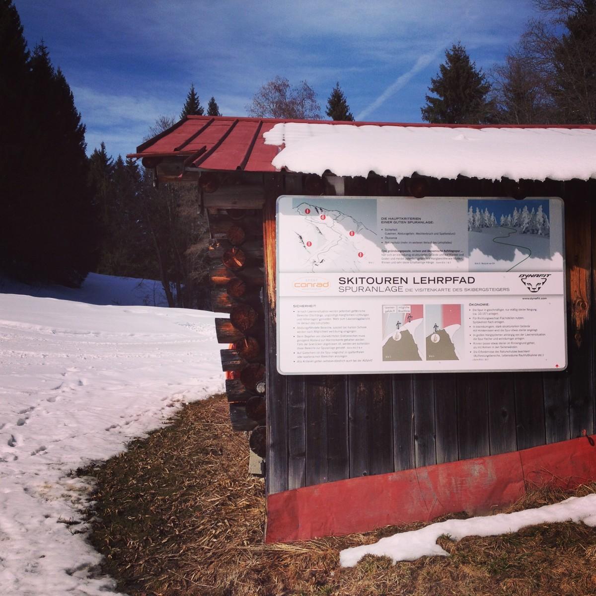 Eine der Info-Tafeln - Skitouren-Lehrpfad am Eckbauer
