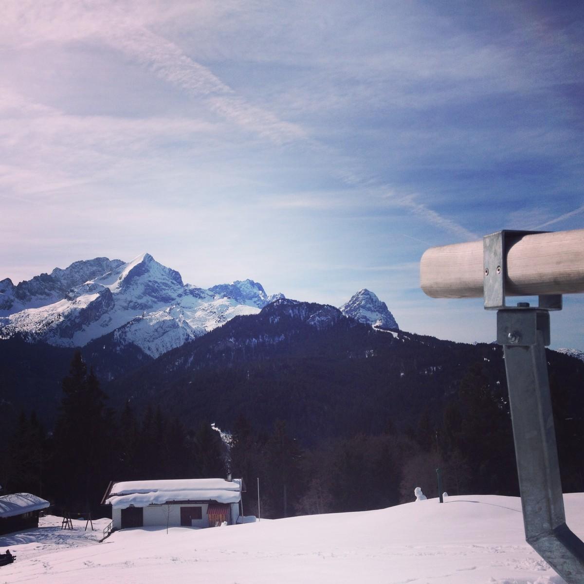 Aussicht auf die Alpspitze und Zugspitze