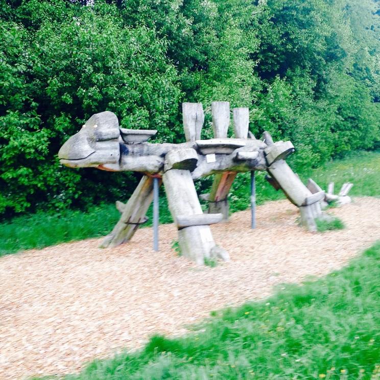 Der Dinosaurier am Thalmässinger Spasswanderweg