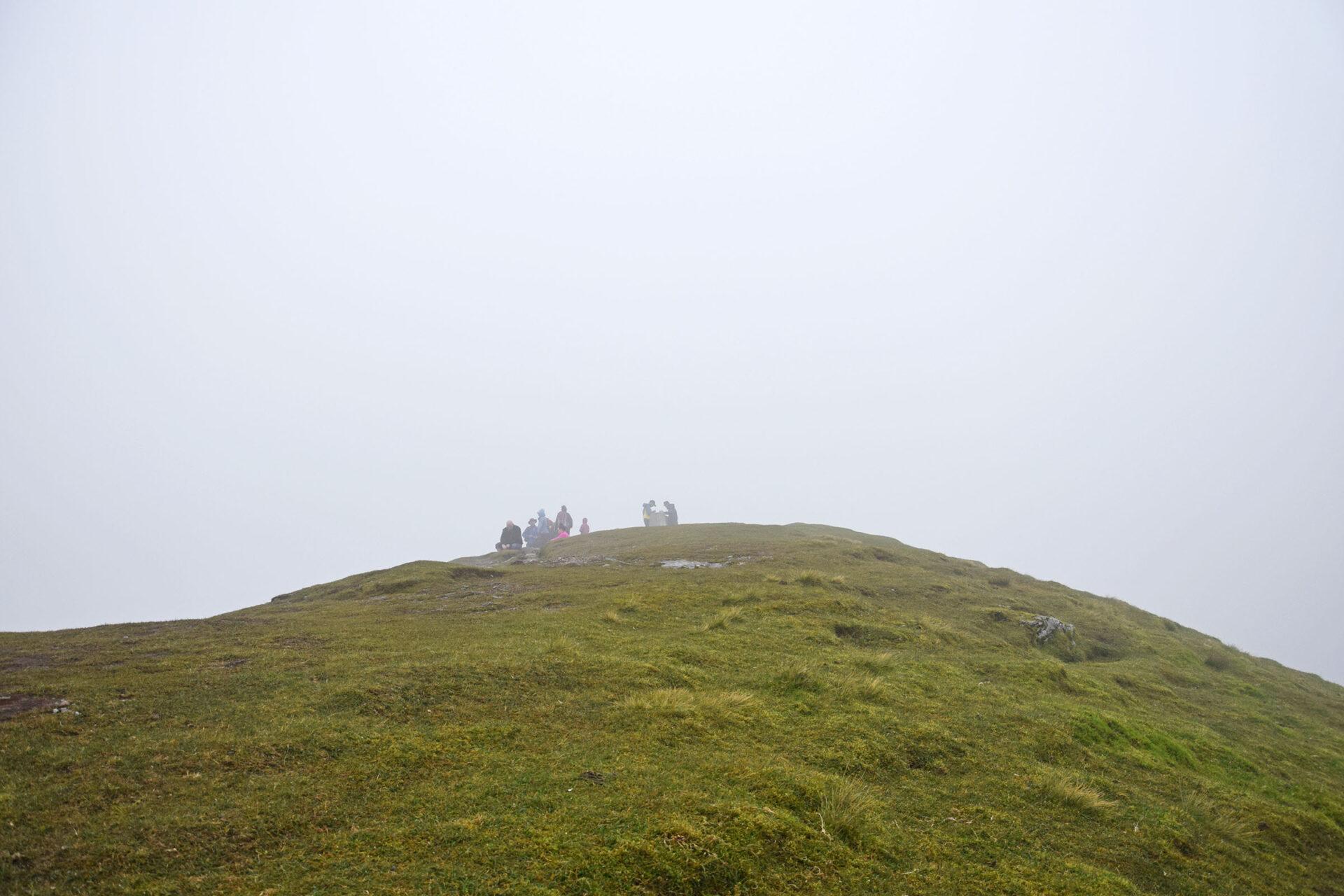 13 Am Gipfel wird es nebelig
