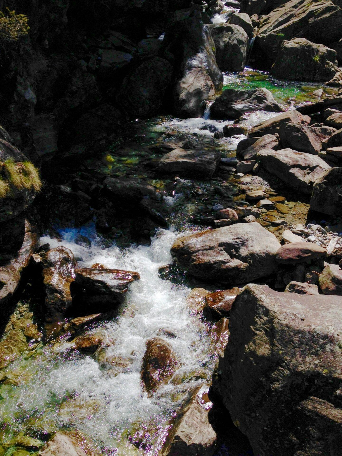 Wasser gibt es dank der Regenfälle der letzten Tage reichlich