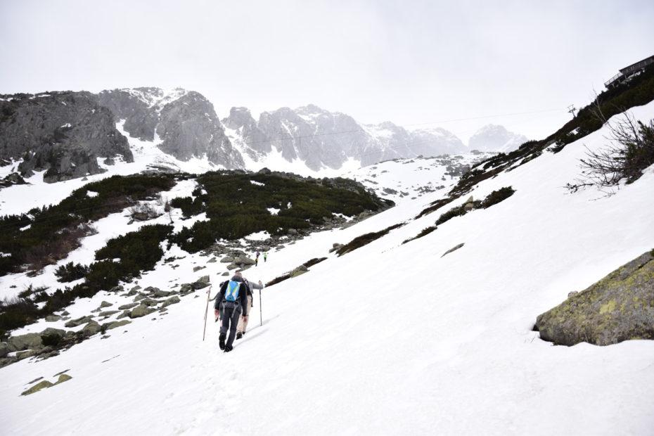 07 Aufstieg durchs Schneefeld