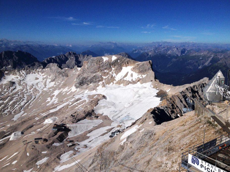 Blick auf den Zugspitz-Gletscher-Rest