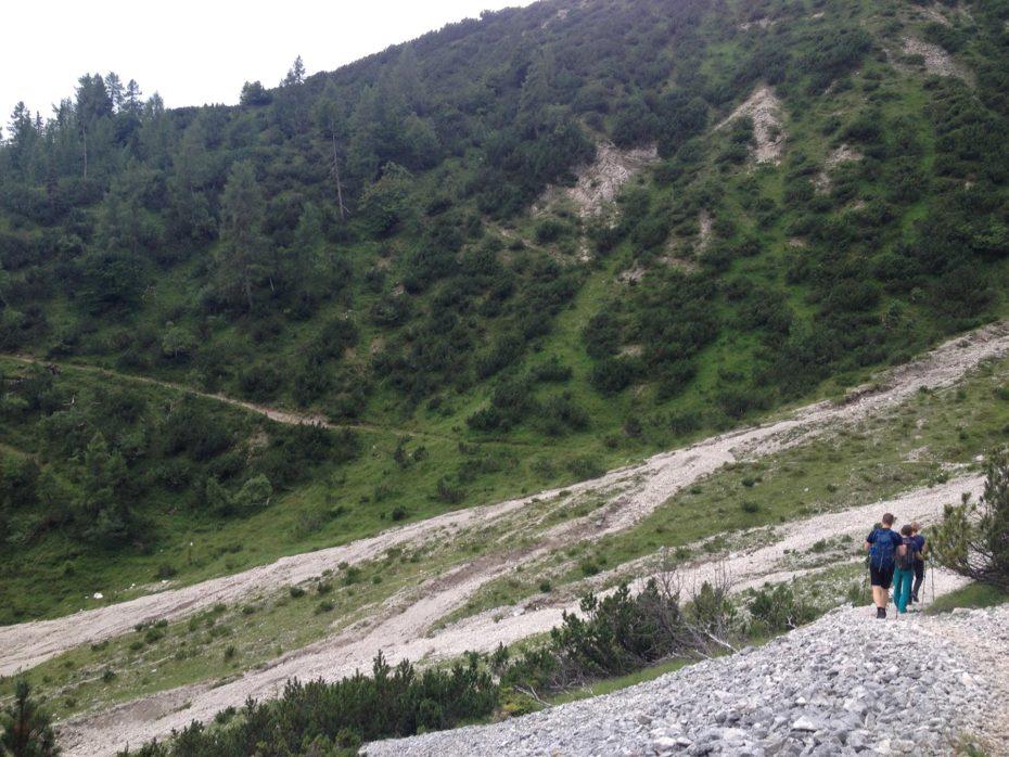 Im Abstieg zum Alplhaus