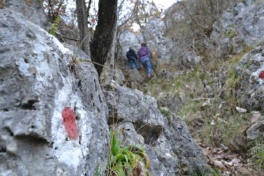 Klettersteigset Rot : Interessante kraxelei für kinder: der oberlandsteig im altmühltal