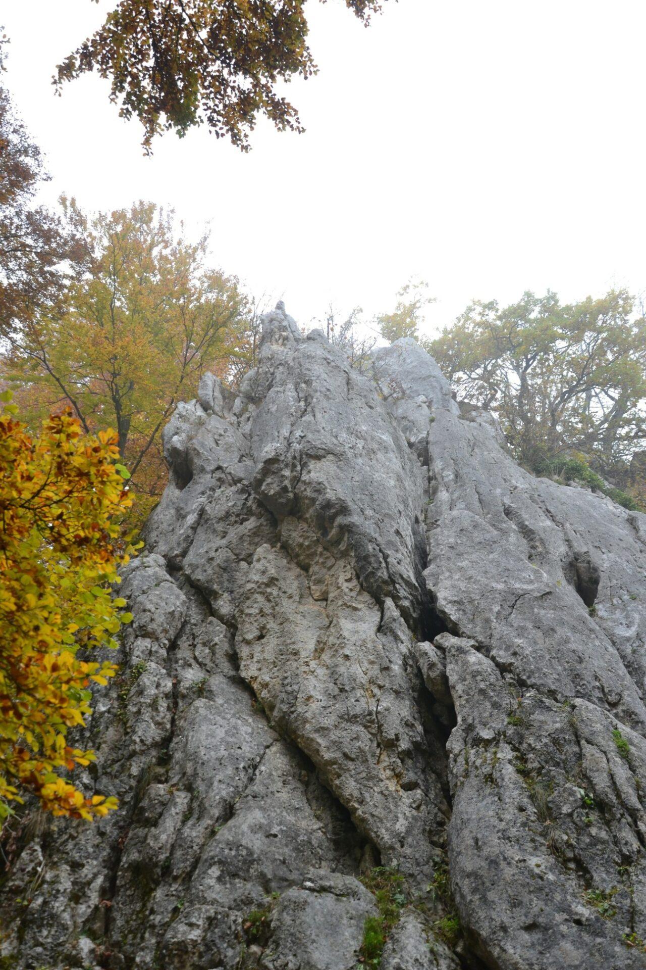 Oberhalb im Nebel: Der Klettersteig