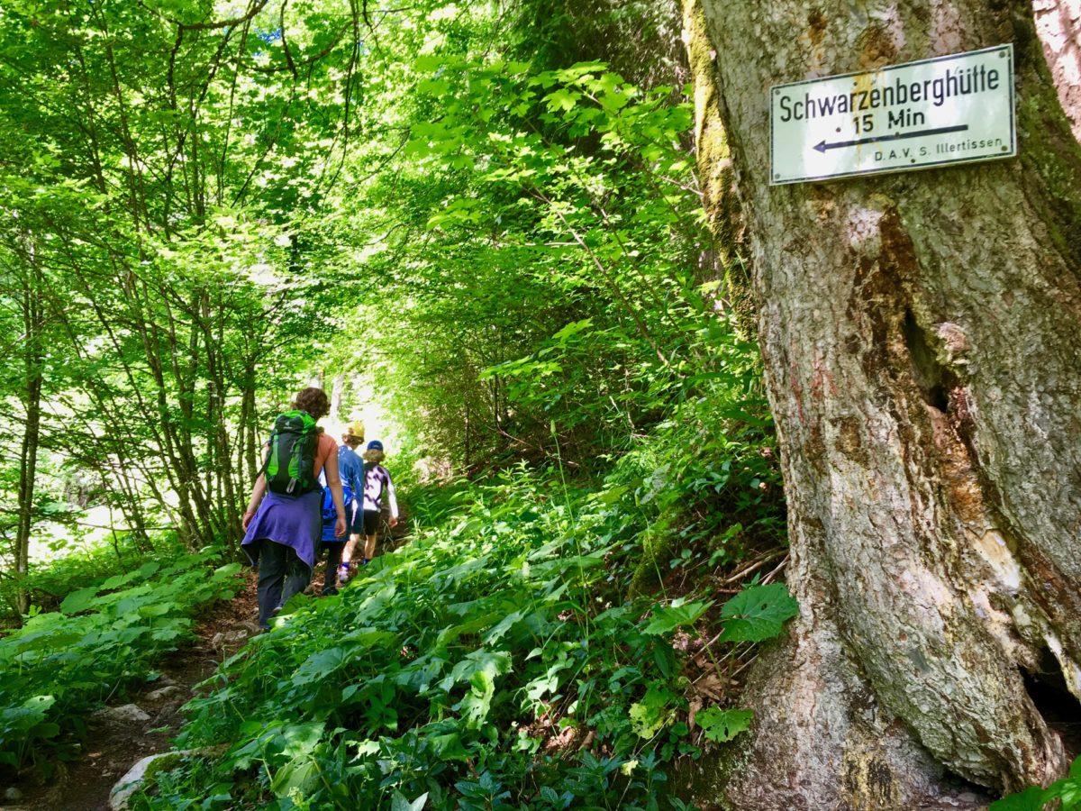 Aufstieg zur Schwarzenberghütte