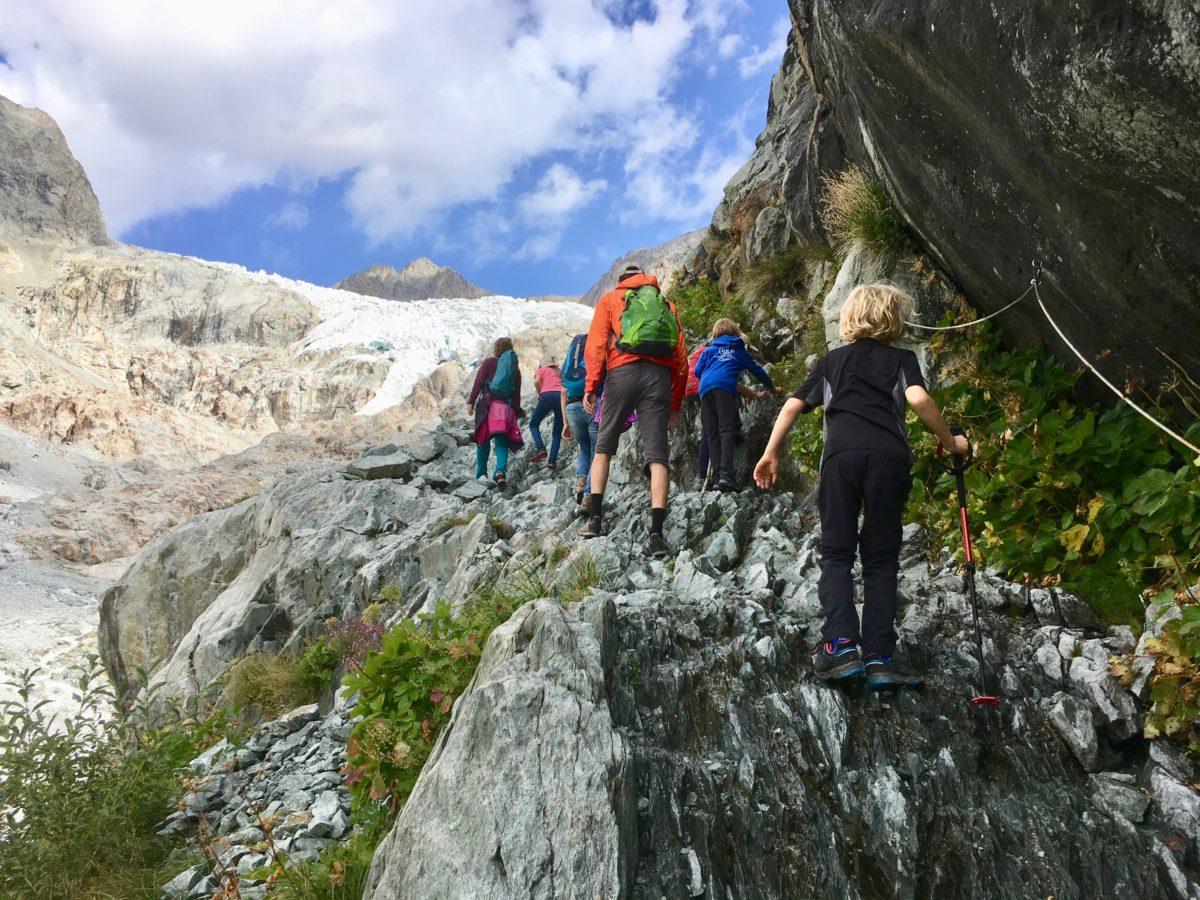 Aufstieg mit dem Gletscher im Blick