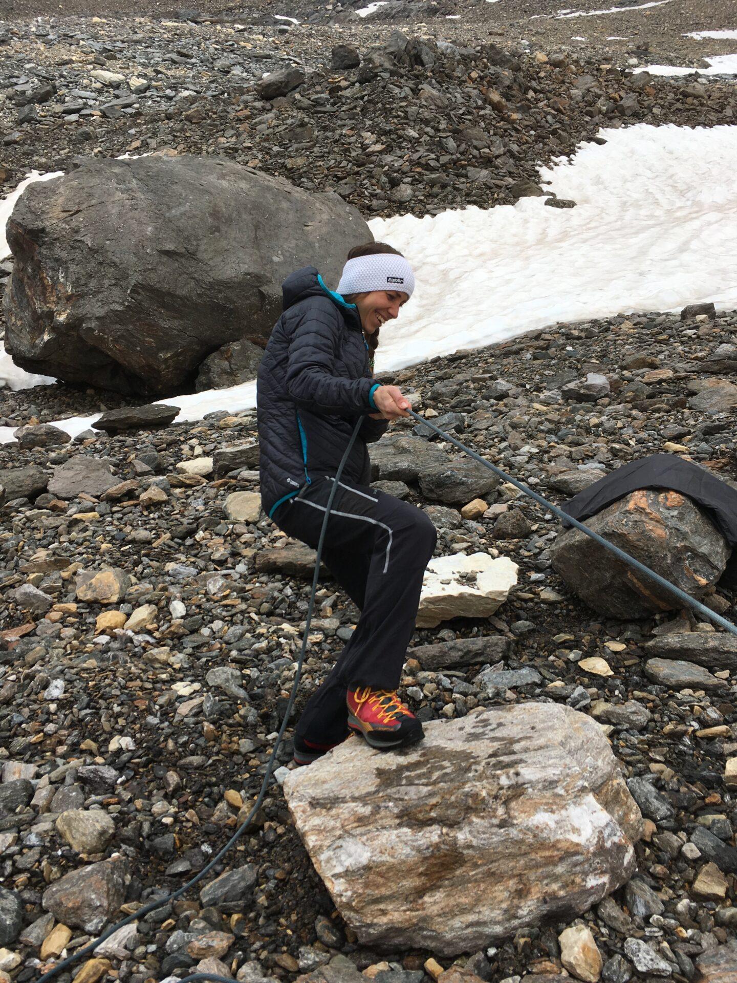 Die Kathi alias das Bergbambi bei der Spaltenbergung