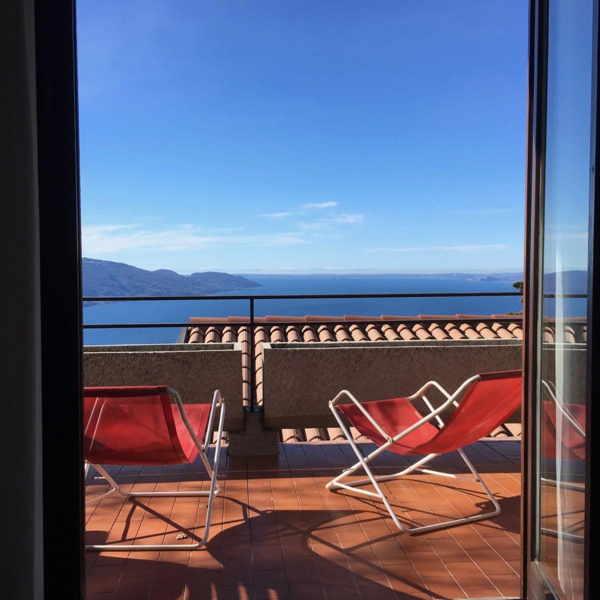 Ausblick von Tignale auf den Gardasee und die Po-Ebene