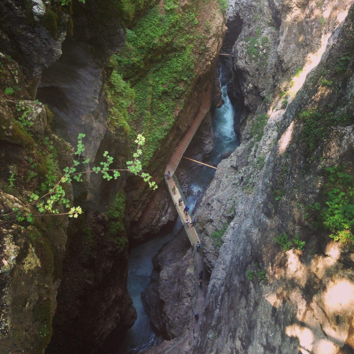 Oberstdorf: Imposanter Ausblick bei der Wanderung durch die Breitachklamm