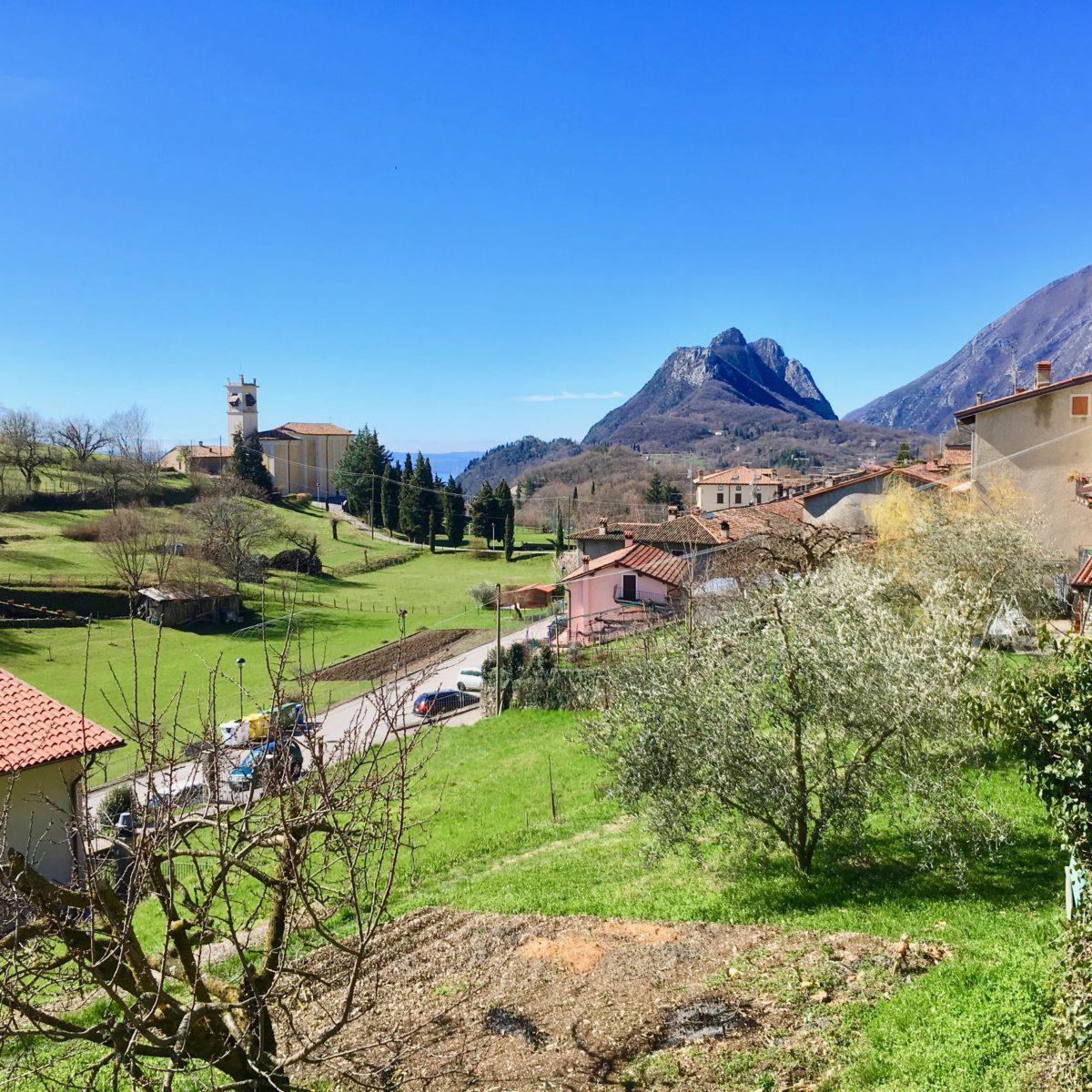 Sasso oberhalb von Gargnano - Ausgangspunkt für unsere Wanderung zur Einsiedelei San Valentino