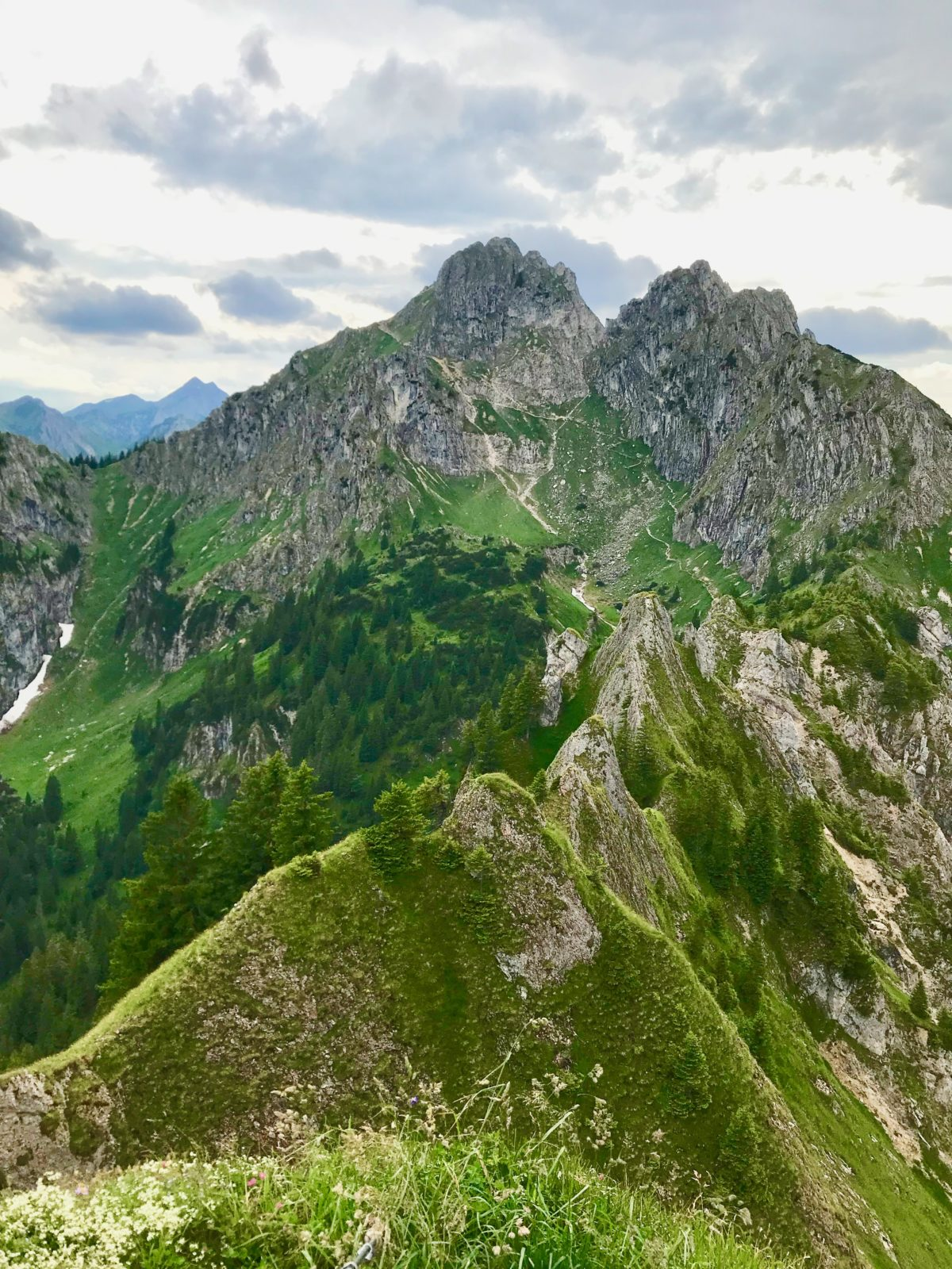Blick vom Brunnenkopf in Richtung Große Klammspitze
