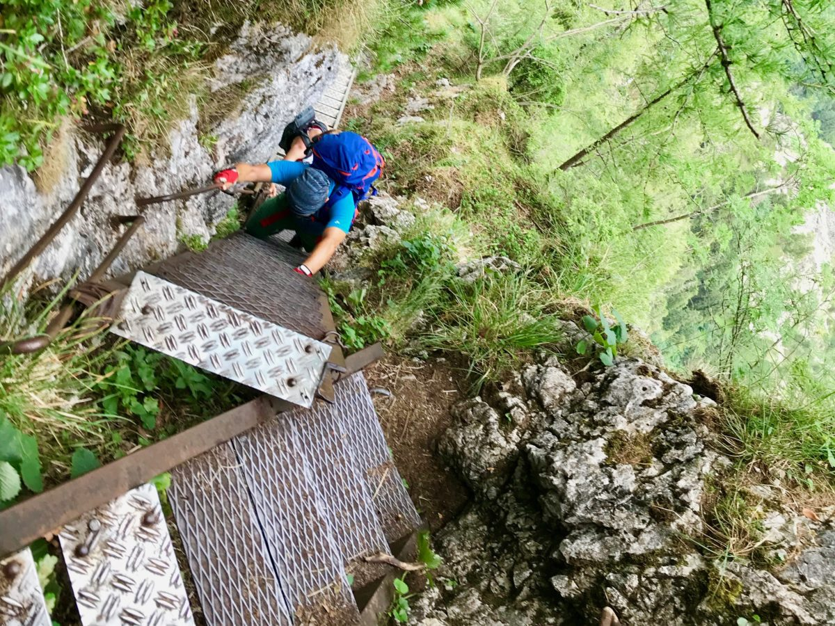Die letzte Leiter im Wasserfallweg-Klettersteig