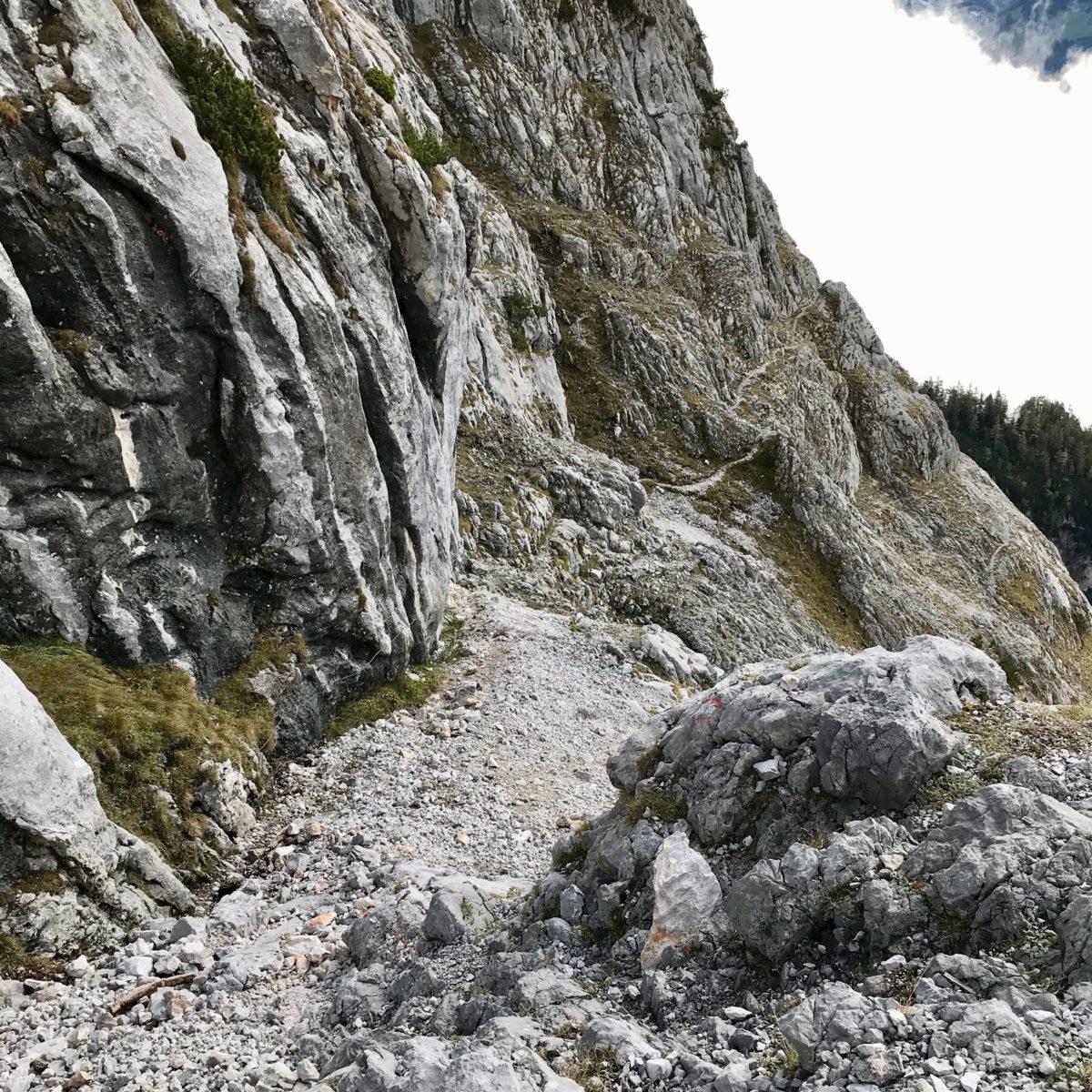 Der Hochkogelsteig zwischen Eisriesenwelt und Happischhaus