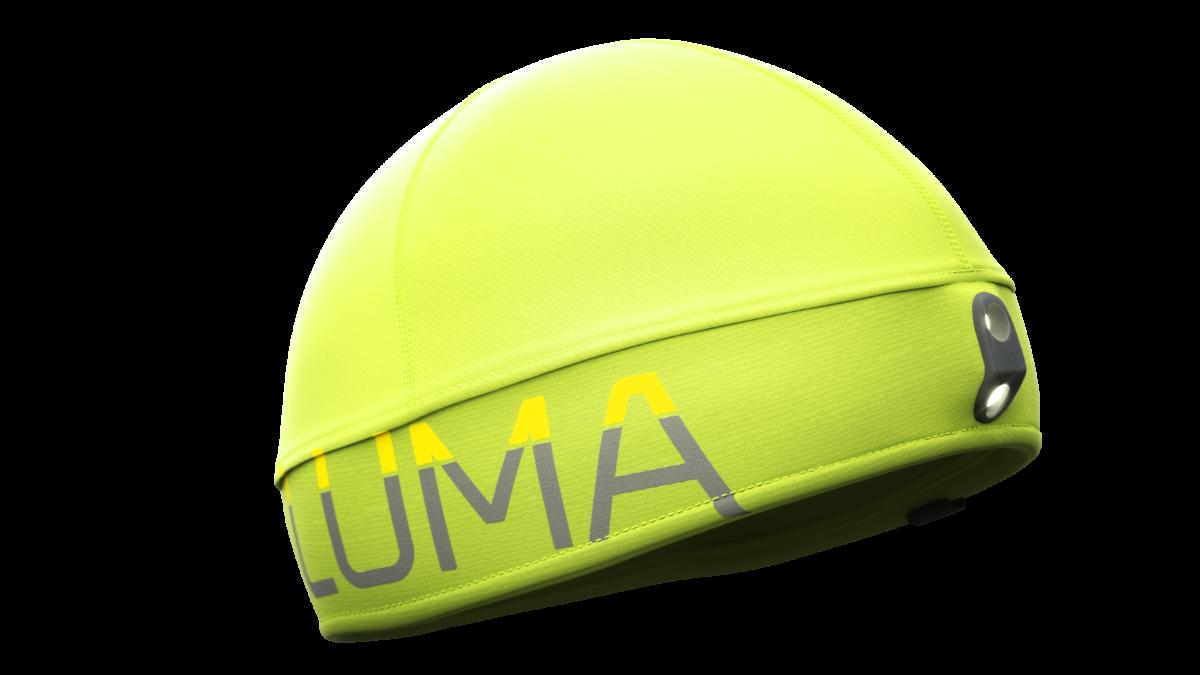 """Die LUMA BOOST Mütze: Rechts sieht man die zwei LEDs. Die untere LED leuchtet in den unteren Stufen, die obere LED ist sozusagen der """"BOOST"""" auf 40m Leuchtweite"""